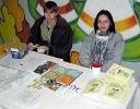 Продажей атрибутики фестиваля заведует Ксения Волкова