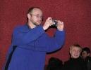 Е.Сапфиров оббегал всю сцену в поисках удачного ракурса