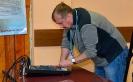 Один из звукооператоров миниконцертов и главный судья зимобола – Роман Акимов