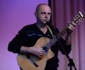 Поёт Андрей Волков