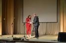Андрей Волков вручает бесплатные путевки на «Зимородок»